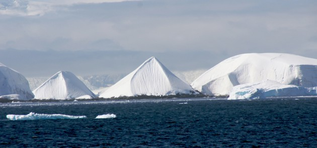 Risultati immagini per piramidi antartide